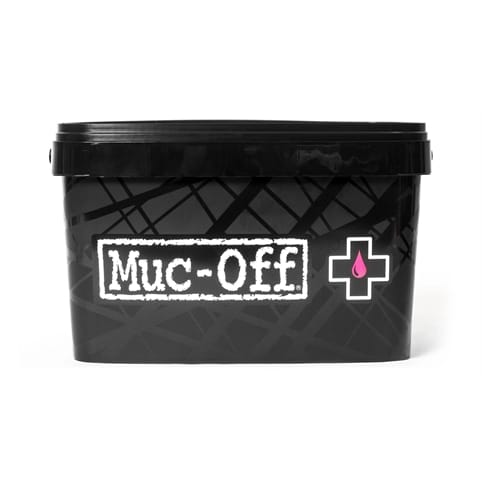 MUC-OFF 8-IN ONE BIKE CLEANING KIT *