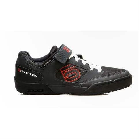 FIVE TEN MALTESE FALCON CLIPLESS MOUNTAIN BIKE SHOE [CARBON/RED]