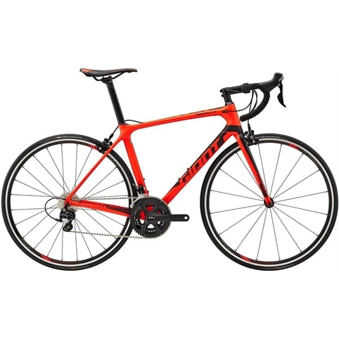 GIANT TCR ADVANCED 2 ROAD BIKE 2018