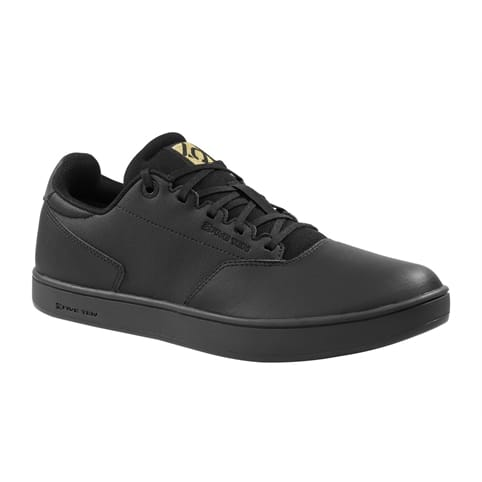 FIVE TEN DISTRICT URBAN BIKE SHOE [BLACK]