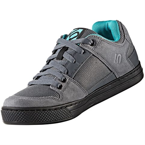 FIVE TEN FREERIDER WOMEN'S ALL-MOUNTAIN SHOE [ONIX/SHOCK GREEN]