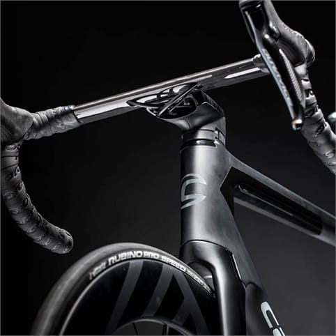 Fastest Bike In The World >> CANNONDALE SYSTEMSIX HI-MOD DURA-ACE Di2 ROAD BIKE 2019 ...