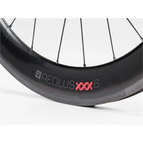 BONTRAGER AEOLUS XXX 6 TLR CLINCHER FRONT ROAD WHEEL *