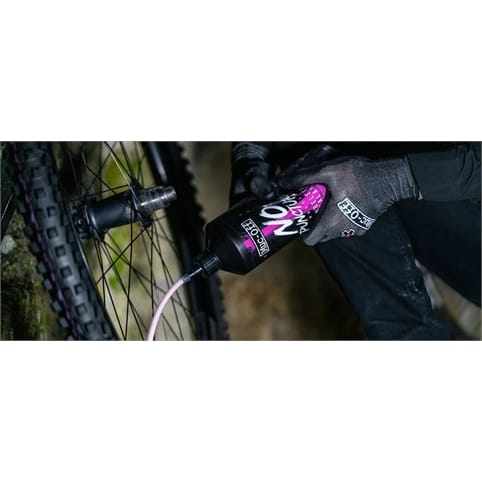 MUC-OFF NO PUNCTURE HASSLE TUBELESS SEALANT *